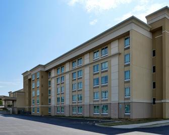 Holiday Inn Martinsburg - Мартинсбург - Здание