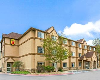 Super 8 by Wyndham Parker/SE Denver Area - Parker - Building