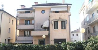 Daddyrooms - Treviso - Building