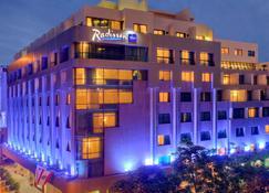 Radisson Blu Martinez Hotel, Beirut - Beirut - Gebäude