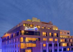 Radisson Blu Martinez Hotel, Beirut - Beirut - Edificio