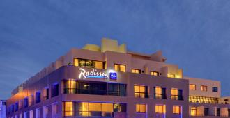 Radisson Blu Martinez Hotel, Beirut - Бейрут - Здание