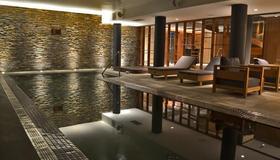 Cottage Puerto Buceo City Hotel - Montevideo - Piscina