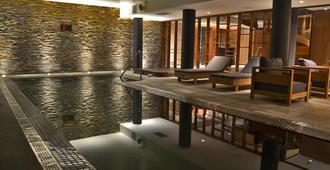 Cottage Puerto Buceo City Hotel - מונטווידאו - בריכה