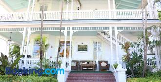 Southernmost Point Guest House - Cayo Hueso - Edificio