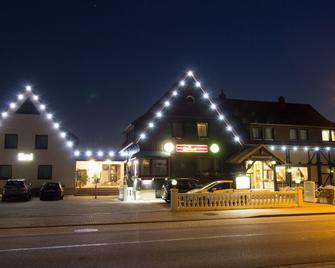 Hotel Kaiserquelle - Salzgitter - Building