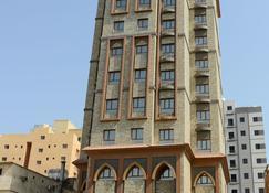 Relax Inn Hotel Apartment Fahaheel - Fahaheel - Edifício