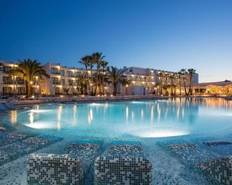 Grand Palladium White Island Resort & Spa - Sant Jordi de ses Salines - Pool
