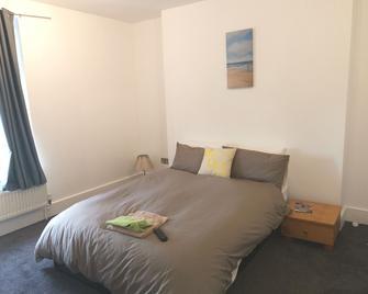 Arklow Guesthouse - Top - Ramsgate - Bedroom