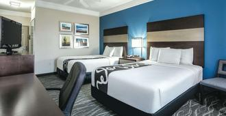 La Quinta Inn & Suites by Wyndham Phoenix I-10 West - פיניקס - חדר שינה