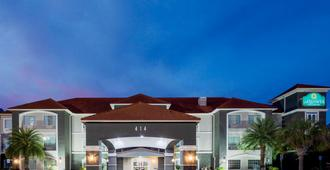 La Quinta Inn & Suites by Wyndham Savannah Airport - Pooler - Pooler