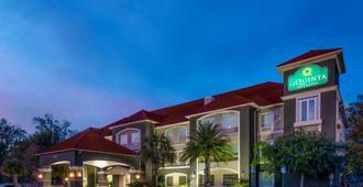 La Quinta Inn & Suites by Wyndham Savannah Airport - Pooler - Pooler - Bina