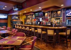 Coast International Inn - Ανκορέιτζ - Bar