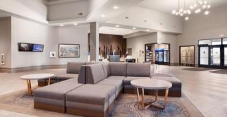 Delta Hotels by Marriott Fargo - Fargo - Lobby