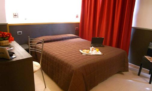 Hotel Corallo - Milan - Bedroom