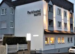 Park Hotel Sletz Giessen - Gießen - Building