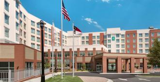 Embassy Suites by Hilton Charlotte Ayrsley - Charlotte - Building