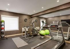 多倫多西米西索加戴斯酒店 - 密西索加 - 米西索加 - 健身房