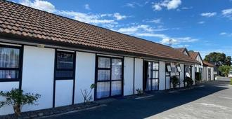Summer Inn Motel - Orewa - Building