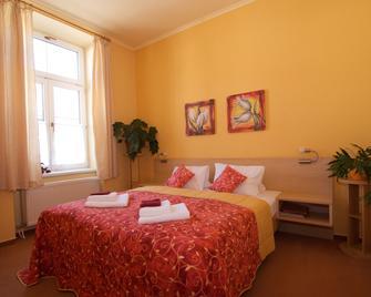 Hotel Steve - Liptovský Mikuláš - Bedroom