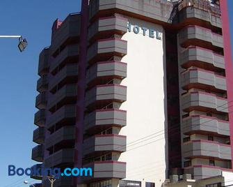 Hotel Residencial Itapema - Itapema - Building