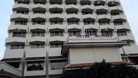 Hotel Mutiara 2 Malioboro - Yogyakarta - Gebäude