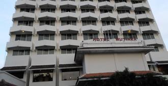 Hotel Mutiara 2 Malioboro - Yogyakarta - Building