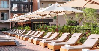 Radisson Blu Hotel, Marrakech Carre Eden - מרקש - פטיו
