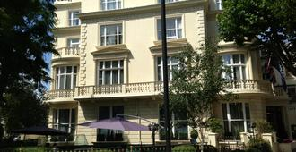 The Colonnade - London - Building