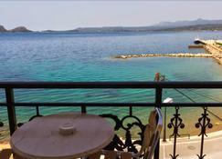 Hotel Miramare - Pylos - Balcony