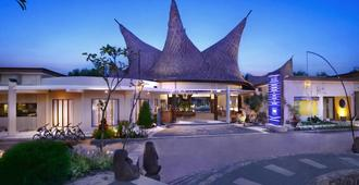 Aston Sunset Beach Resort - Gili Trawangan - Gili Trawangan - Building