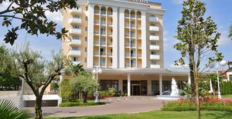 Hotel Terme All'Alba - Abano Terme - Bâtiment