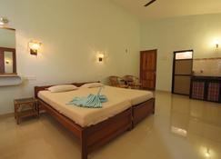 Sea Pearl Guest house - Candolim - Bedroom