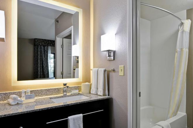 Homewood Suites by Hilton Aurora Naperville - Aurora - Bathroom
