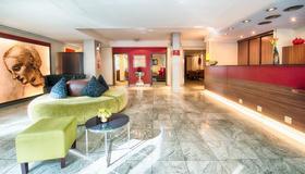Leonardo Hotel & Residenz München - Munique - Lobby