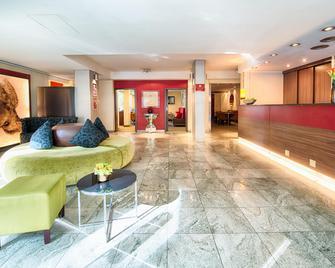Leonardo Hotel & Residenz München - München - Lobby