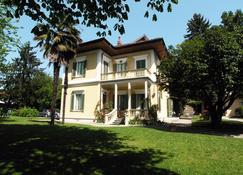 Villa D'Azeglio - Ivrea - Edificio