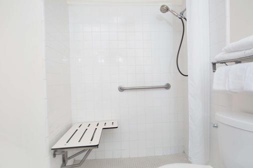 托倫斯豪生酒店 - 托倫斯 - 托倫斯 - 浴室