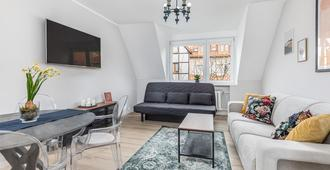 Apartament Siesta by Renters - Kolobrzeg - Living room