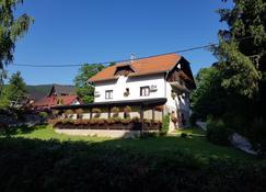 Pansion Breza - Plitvicka Jezera - Rakennus