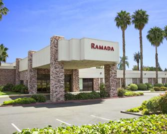 Ramada by Wyndham Sunnyvale/Silicon Valley - Sunnyvale - Building