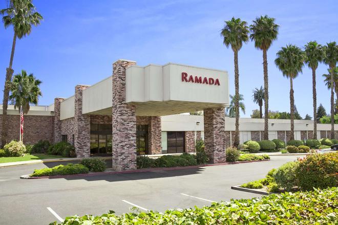 Ramada by Wyndham Sunnyvale/Silicon Valley - Sunnyvale - Rakennus