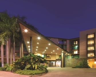 Adina Apartment Hotel Darwin Waterfront - Darwin - Building