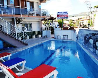 Aspawa Hotel - Hierápolis-Pamukkale - Piscina