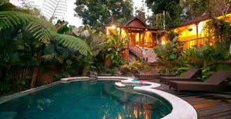 Umah Tis Sebatu - Denpasar - Pool