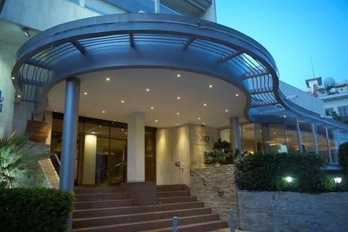 Cleopatra Hotel - Nicosia - Building