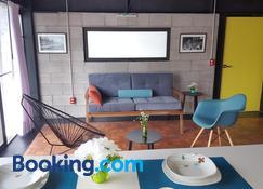 Cozy Loft with Balcony - Mexico City - Living room