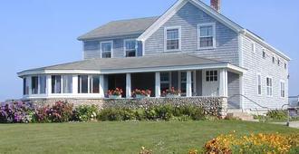 Rose Farm Inn - Block Island