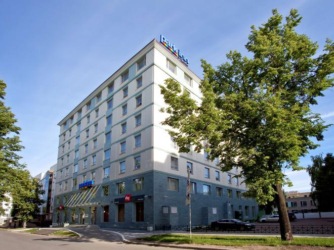 Park Inn by Radisson Kazan - Kazan - Building