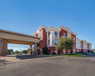 Comfort Inn & Suites - Big Spring - Gebäude